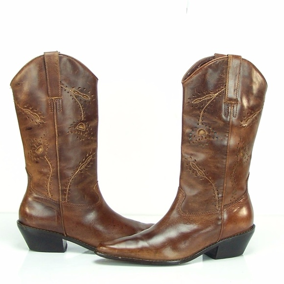 f5cdbf68105 Matisse Women's Western Style Leather Cowboy Boots